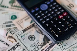 4 Ways to Manage Your Money